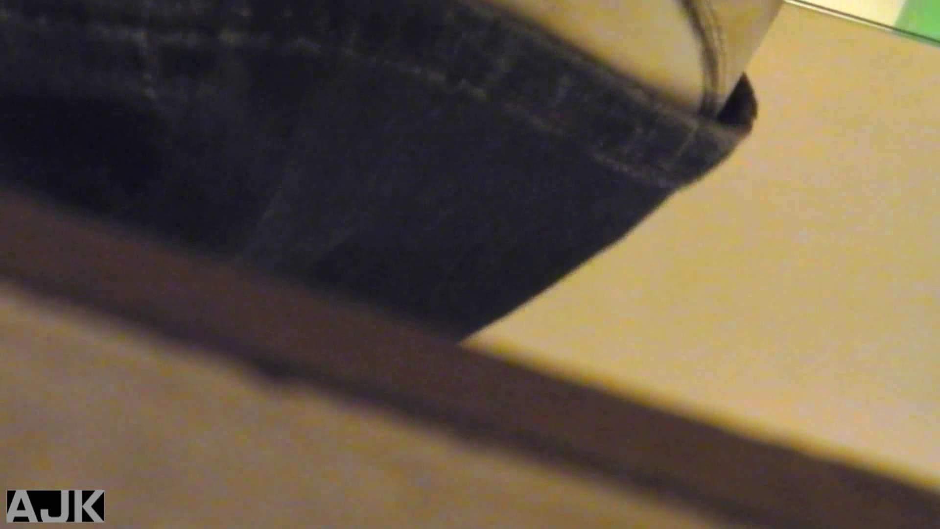 神降臨!史上最強の潜入かわや! vol.02 美女丸裸 オマンコ動画キャプチャ 103pic 82