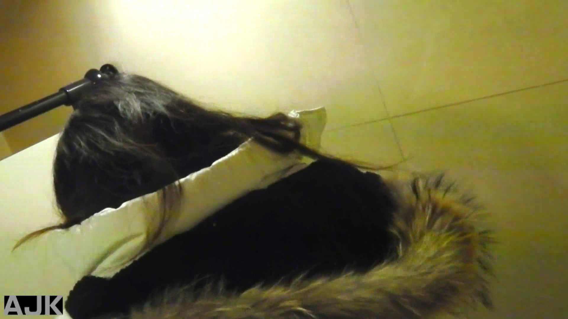 神降臨!史上最強の潜入かわや! vol.02 美女丸裸 オマンコ動画キャプチャ 103pic 89