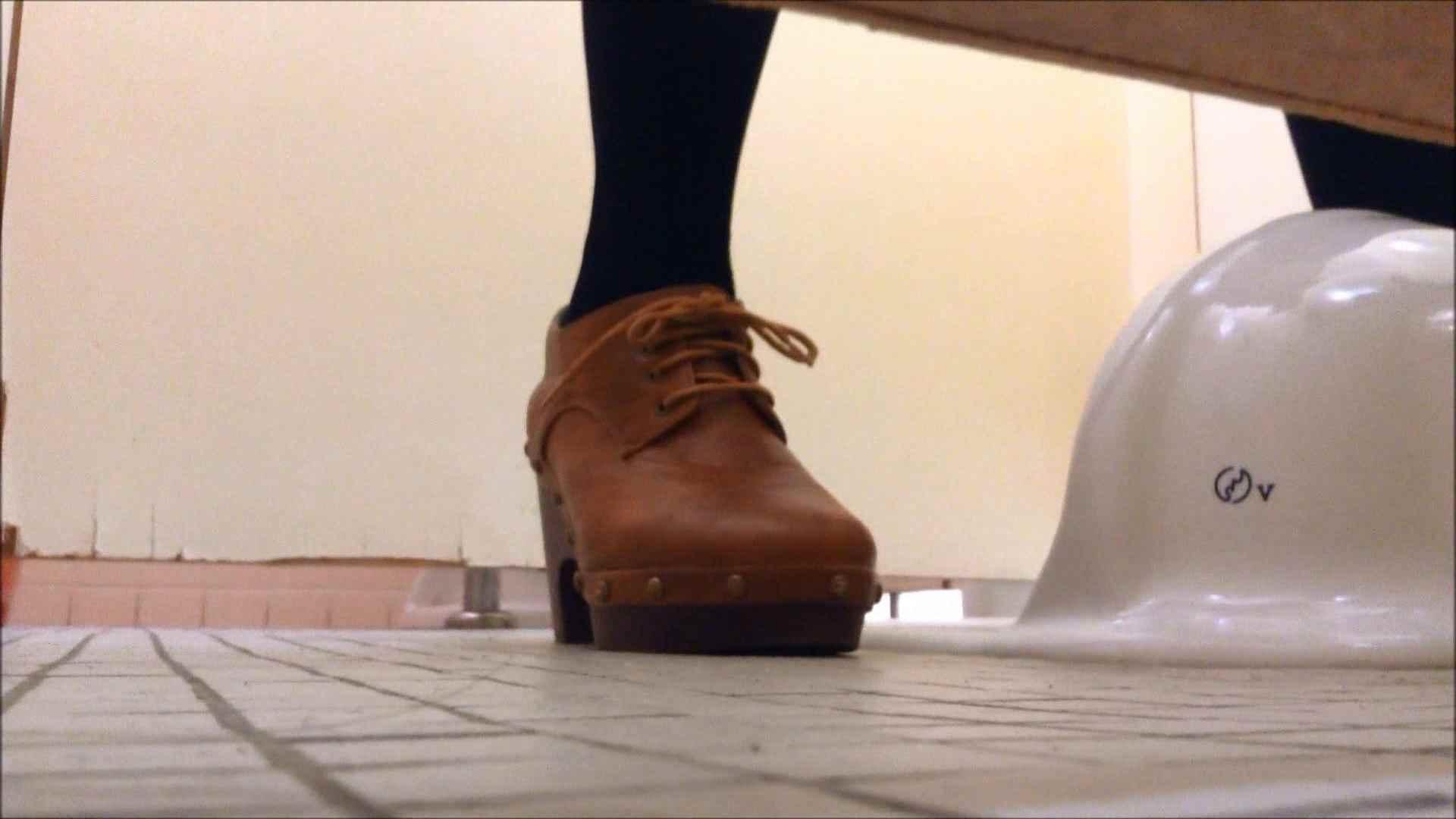 某有名大学女性洗面所 vol.15 和式トイレ AV動画キャプチャ 85pic 7