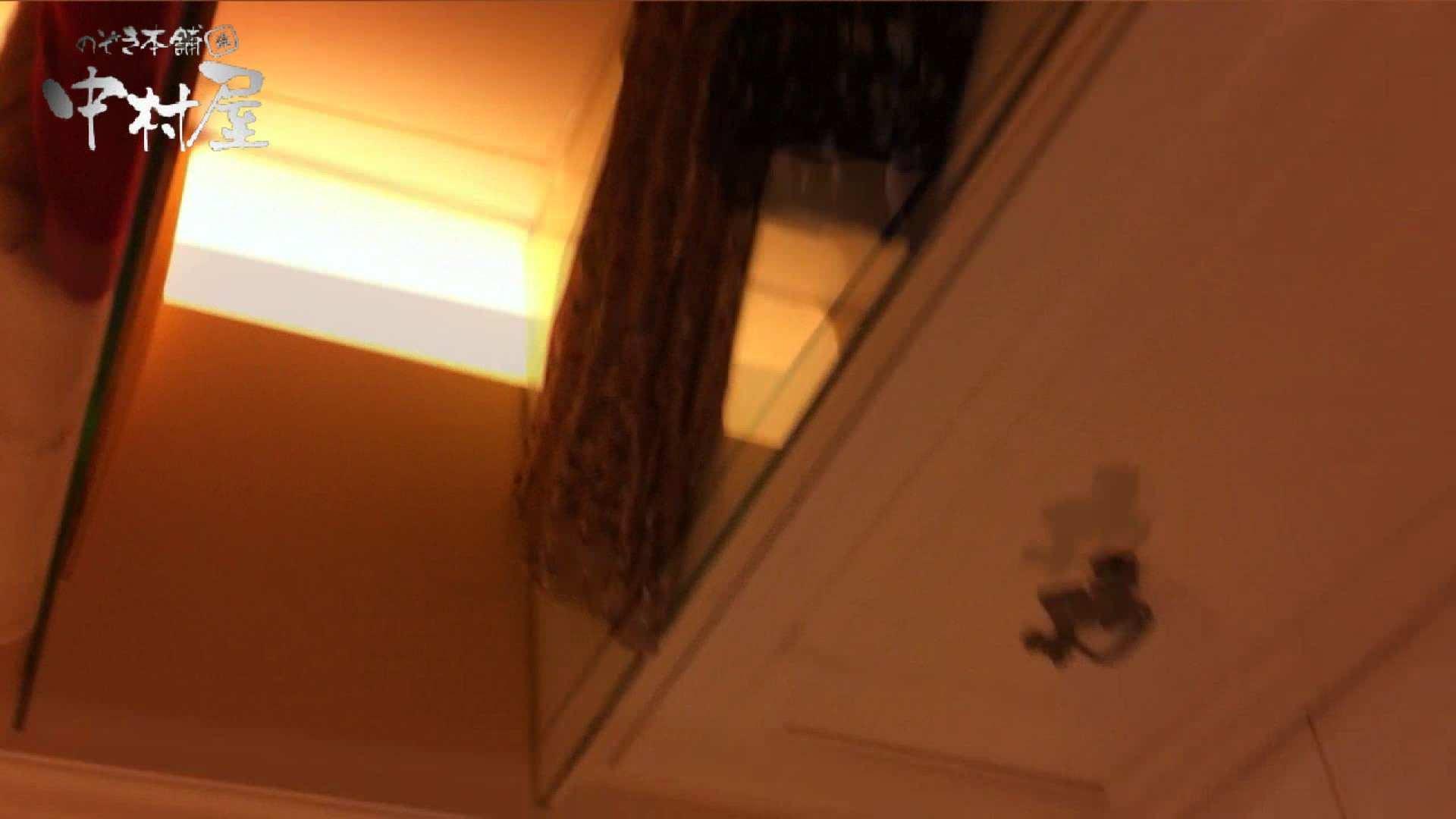 vol.66 美人アパレル胸チラ&パンチラ 店員さんのパンツはストライプ チラ歓迎 のぞき動画画像 100pic 32