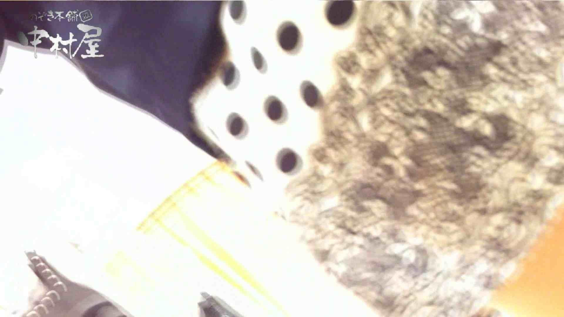 vol.66 美人アパレル胸チラ&パンチラ 店員さんのパンツはストライプ 接写  100pic 80