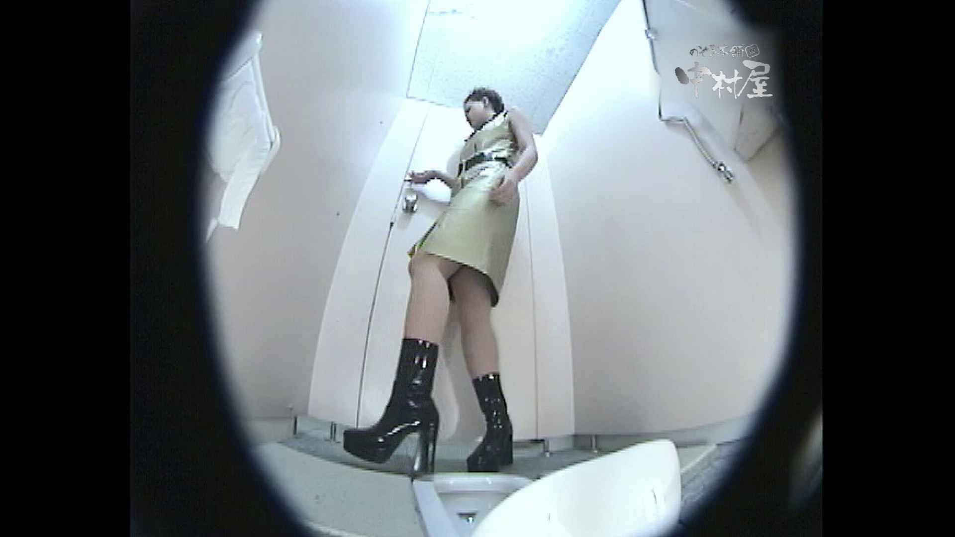 レースクィーントイレ盗撮!Vol.16 肛門丸見え エロ無料画像 83pic 20