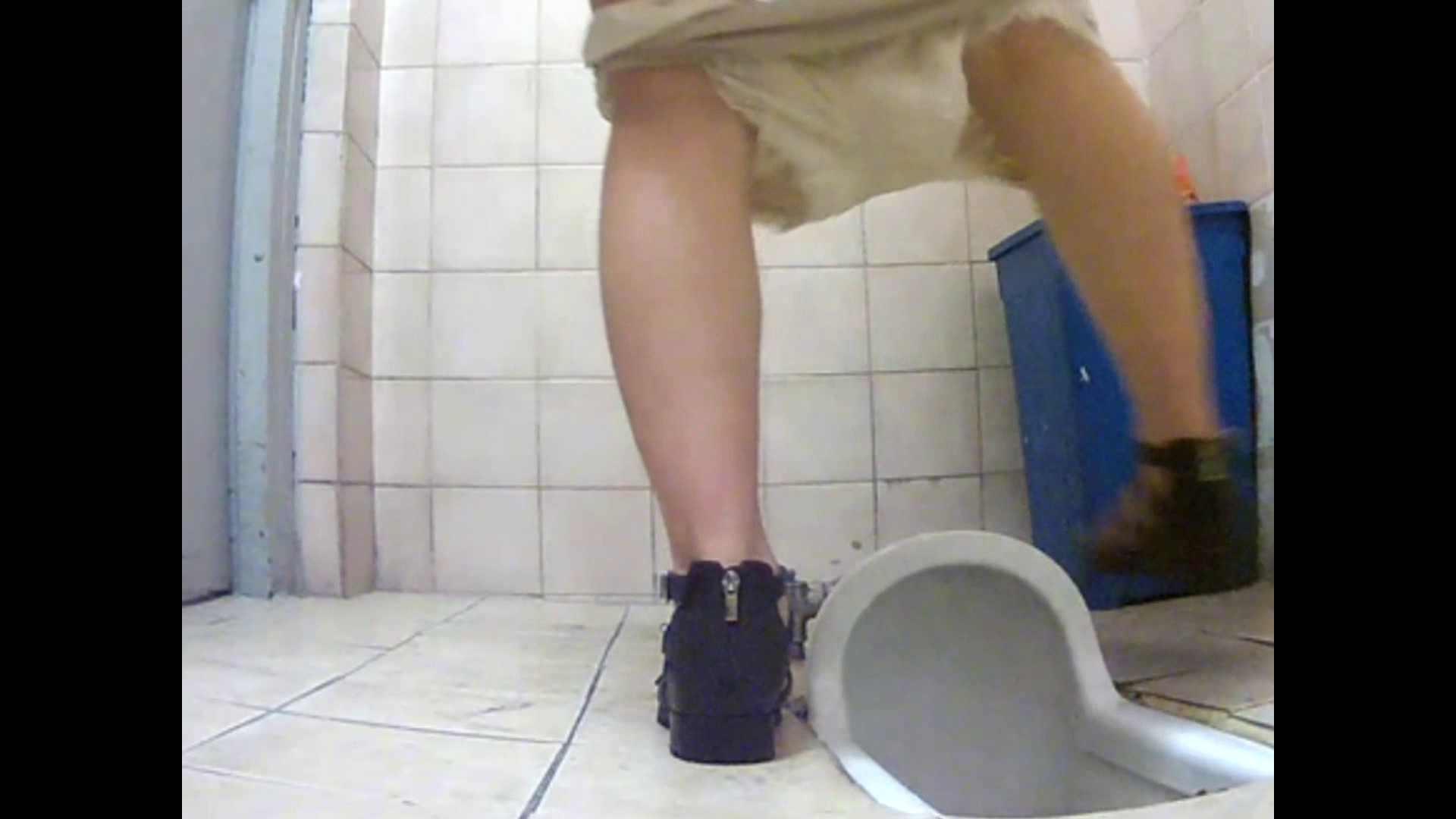 潜伏韓国トイレ北緯38度線!Vol.01 盗撮師作品 | 美しいOLの裸体  85pic 43