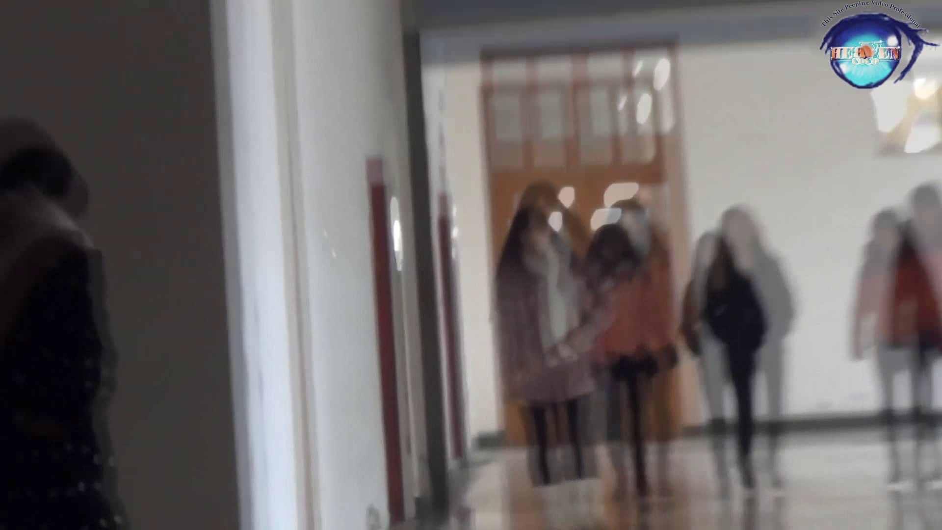 GOD HAND 芸術大学盗撮‼vol.57 盗撮師作品 オメコ動画キャプチャ 92pic 18