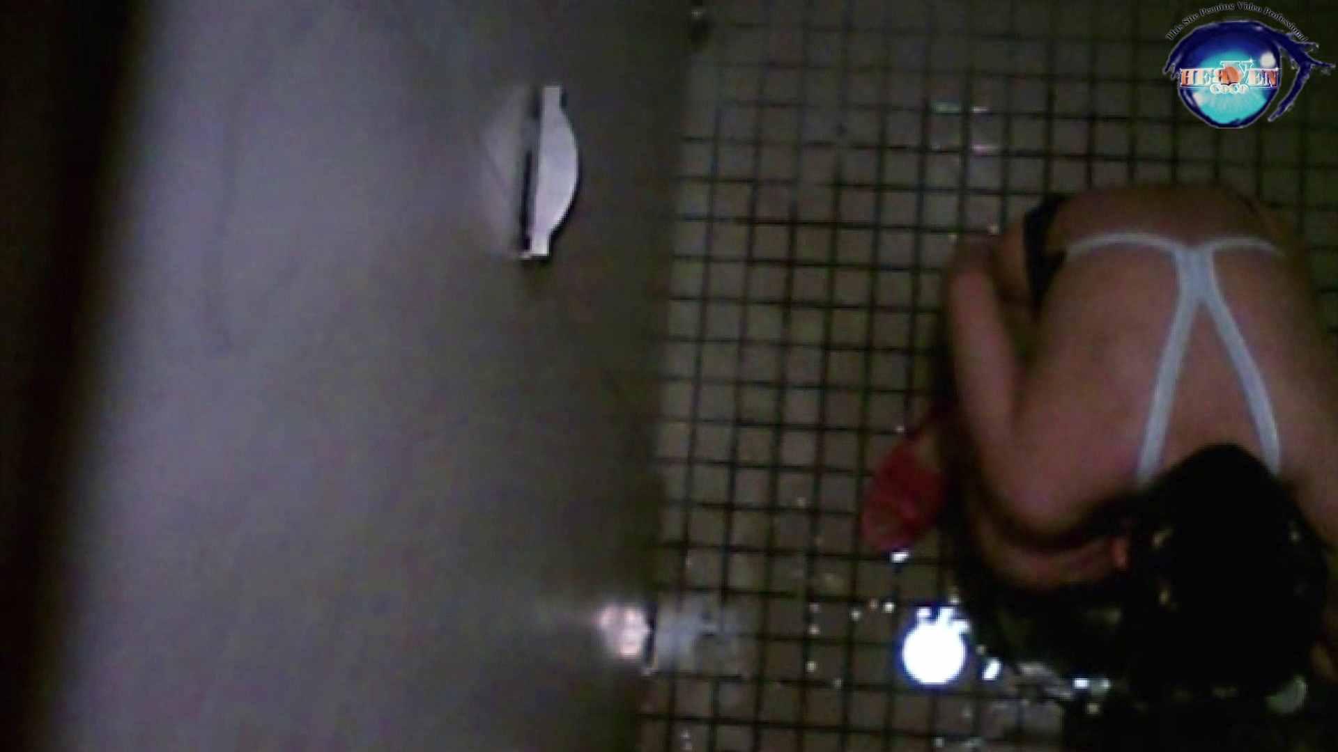 水泳大会選手の聖水 vol.19 トイレ突入   美しいOLの裸体  100pic 51