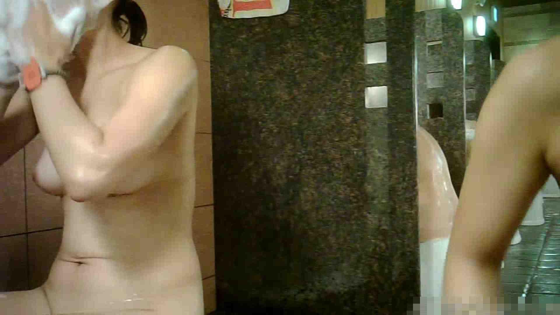 手を染めてしまった女性盗撮師の女風呂潜入記 vol.001 脱衣所 おめこ無修正動画無料 70pic 68