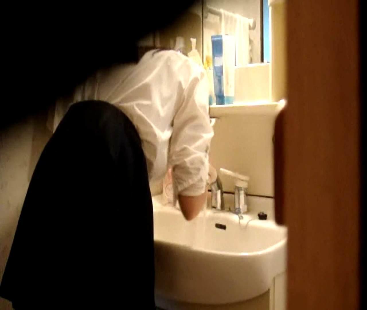 二人とも育てた甲斐がありました… vol.05 まどかが洗顔後にブラを洗濯 美しいOLの裸体 | 0  102pic 61