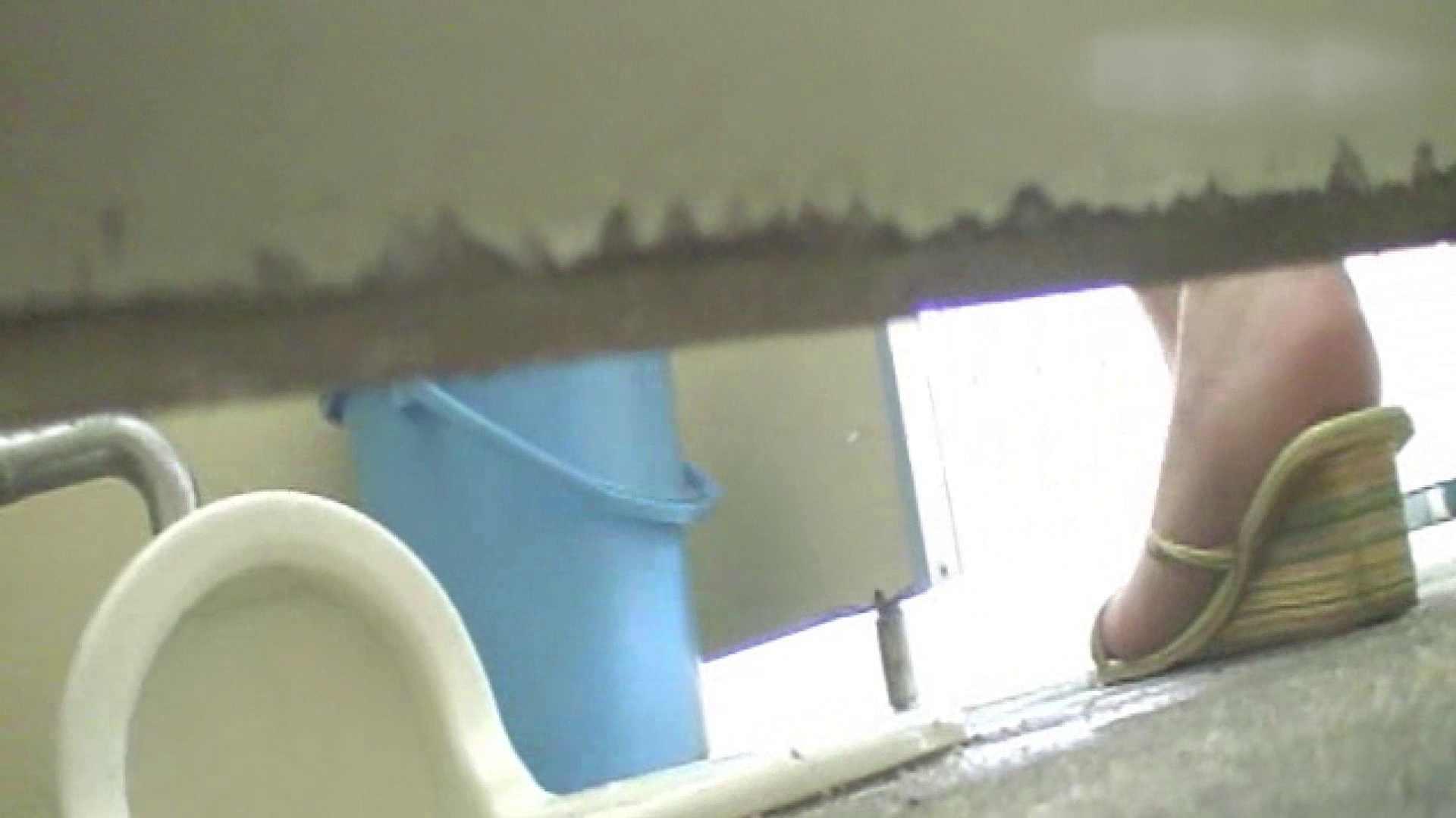 ロックハンドさんの盗撮記録File.07 モロだしオマンコ のぞき動画画像 77pic 21