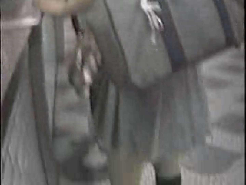 高画質版! 2004年ストリートNo.8 新入生パンチラ オメコ無修正動画無料 73pic 43