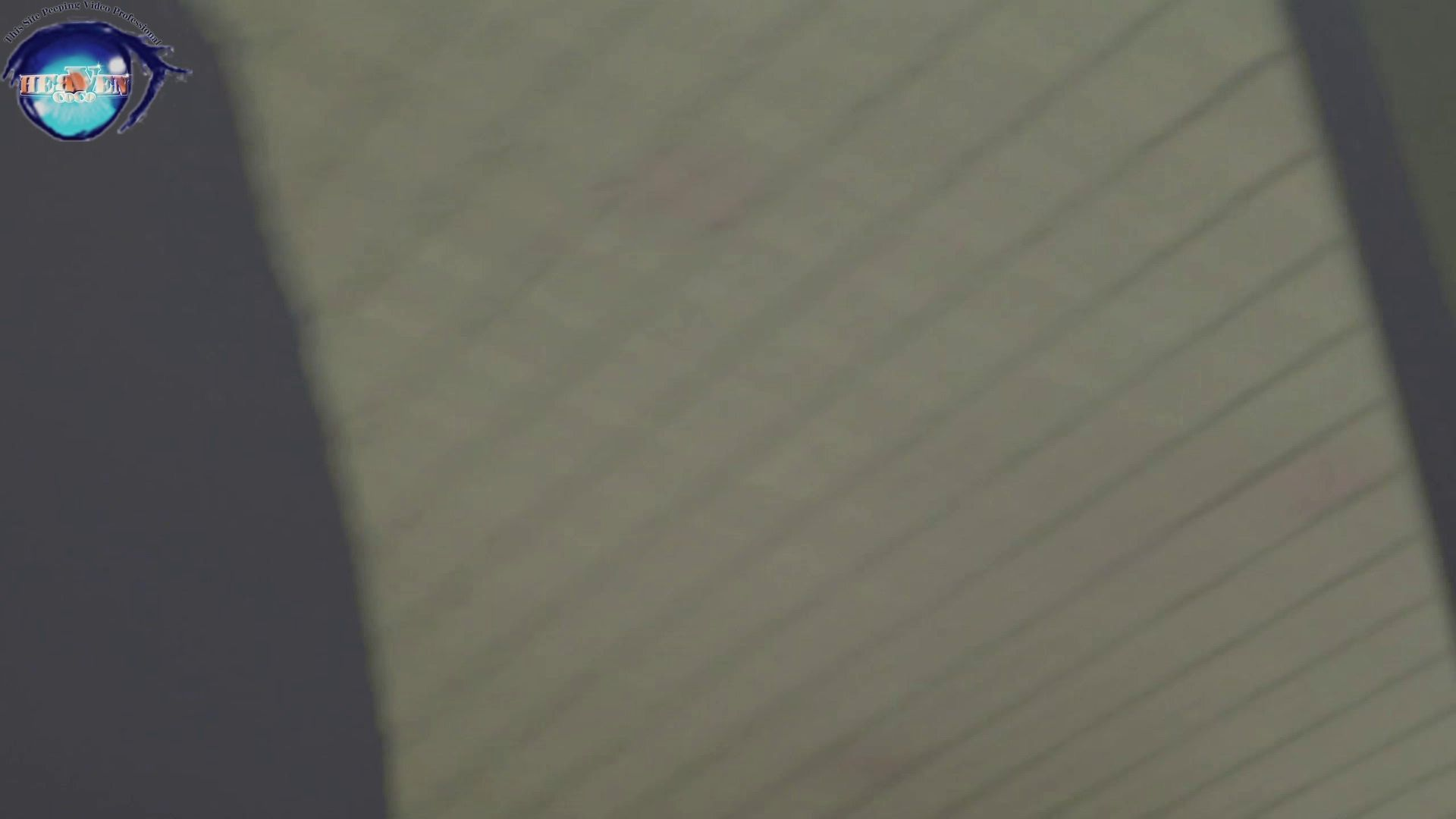 お銀さんの洗面所突入レポート!!vol.63 あれ?チラっチラって。気づいてます?前編 洗面所突入 AV動画キャプチャ 86pic 29