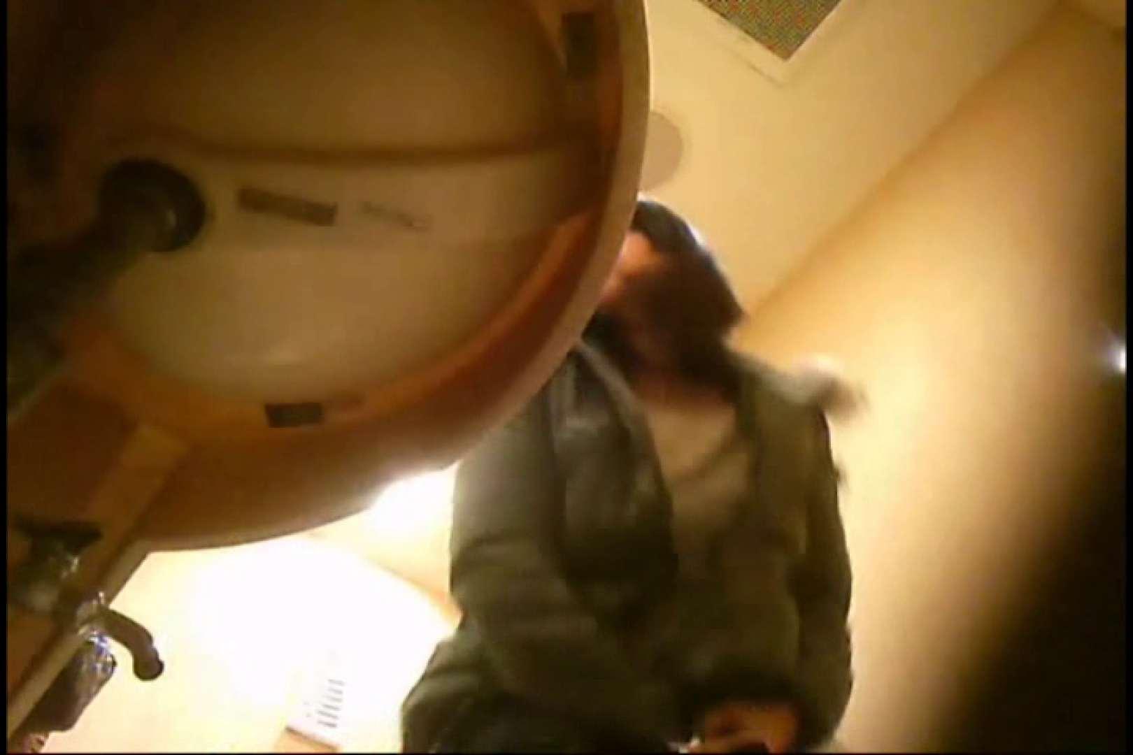 潜入!!女子化粧室盗撮~絶対見られたくない時間~vo,3 お姉さん丸裸   盗撮師作品  106pic 1