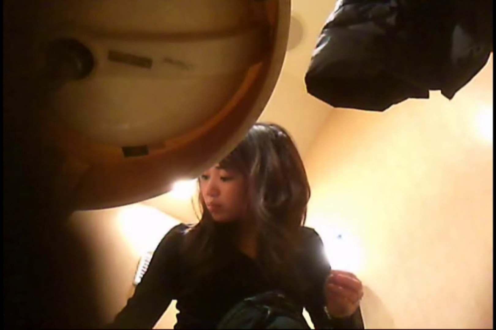 潜入!!女子化粧室盗撮~絶対見られたくない時間~vo,3 お姉さん丸裸   盗撮師作品  106pic 106