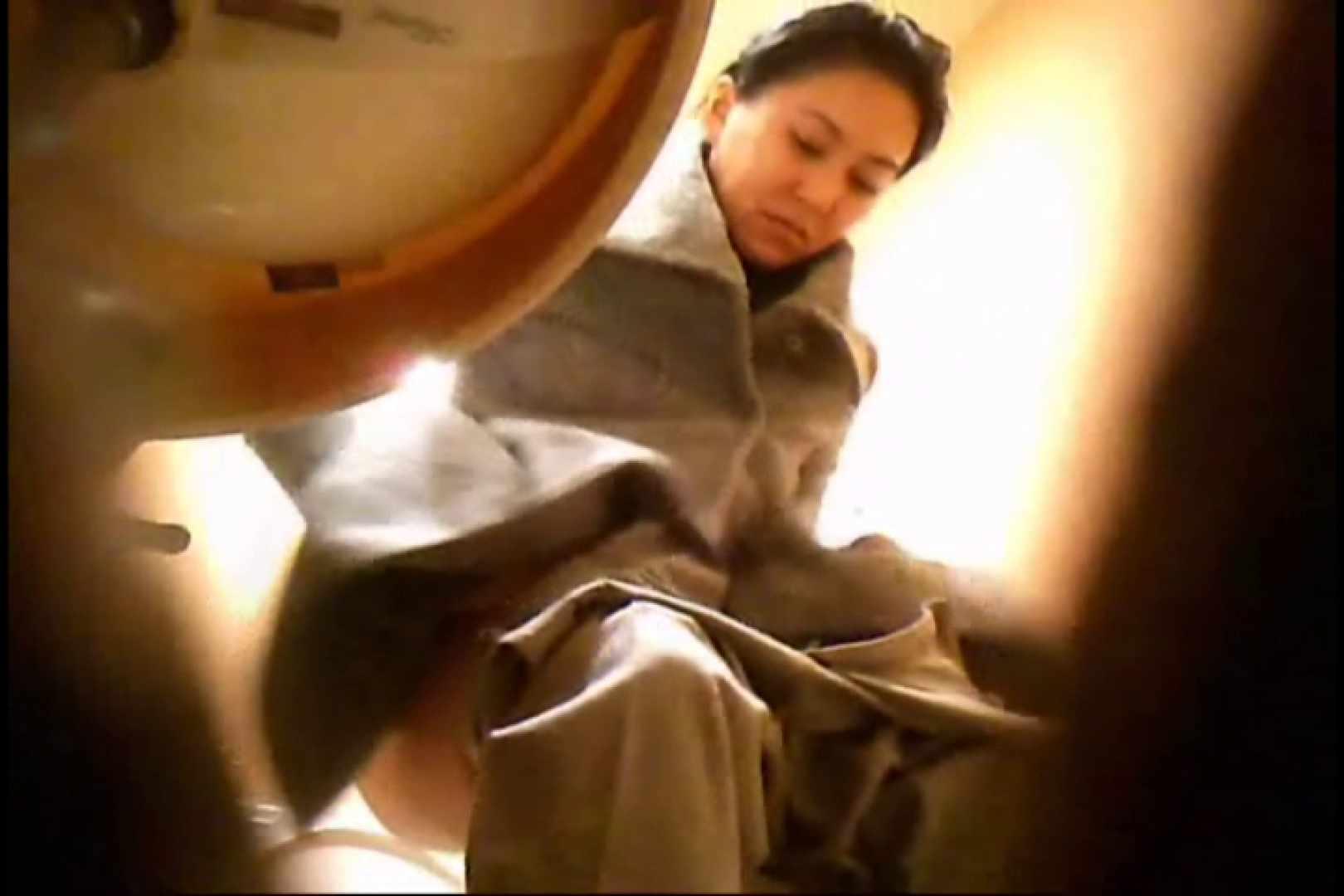 潜入!!女子化粧室盗撮~絶対見られたくない時間~vo,4 潜入突撃 AV無料動画キャプチャ 102pic 2
