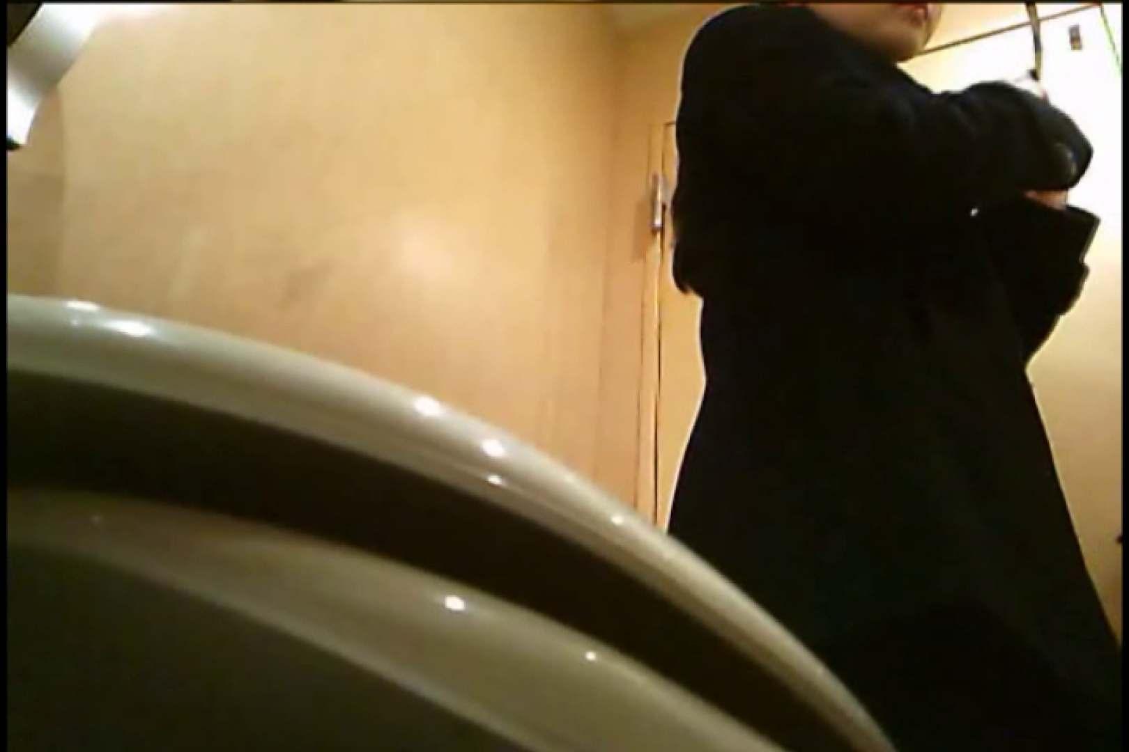 潜入!!女子化粧室盗撮~絶対見られたくない時間~vo,7 盗撮師作品 戯れ無修正画像 105pic 77