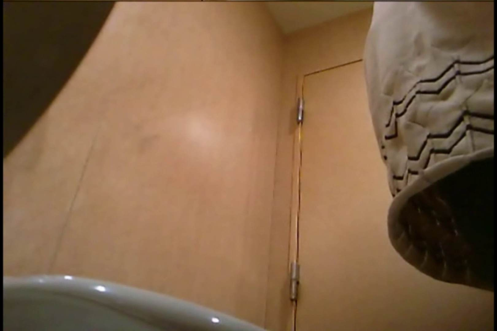 潜入!!女子化粧室盗撮~絶対見られたくない時間~vo,8 お姉さん丸裸 えろ無修正画像 106pic 15