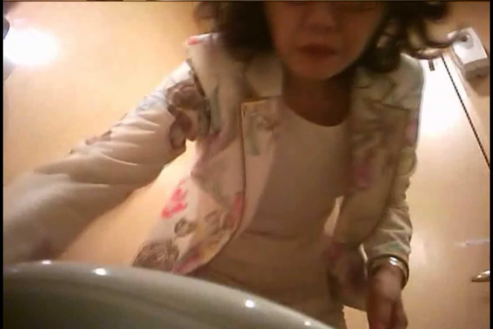 潜入!!女子化粧室盗撮~絶対見られたくない時間~vo,117 お姉さん丸裸 エロ無料画像 98pic 51