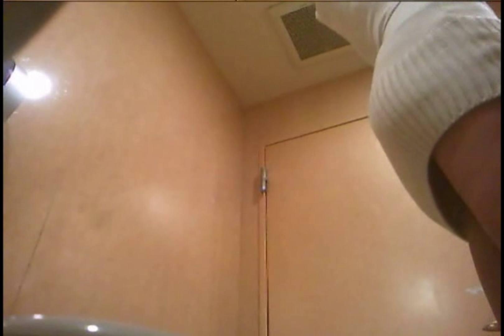 潜入!!女子化粧室盗撮~絶対見られたくない時間~vo,132 熟女丸裸 覗きおまんこ画像 84pic 64