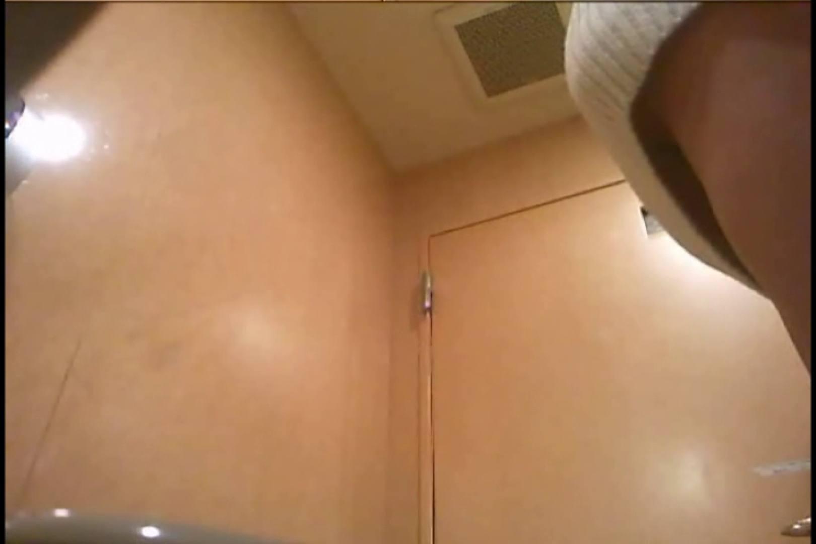 潜入!!女子化粧室盗撮~絶対見られたくない時間~vo,132 熟女丸裸 覗きおまんこ画像 84pic 69