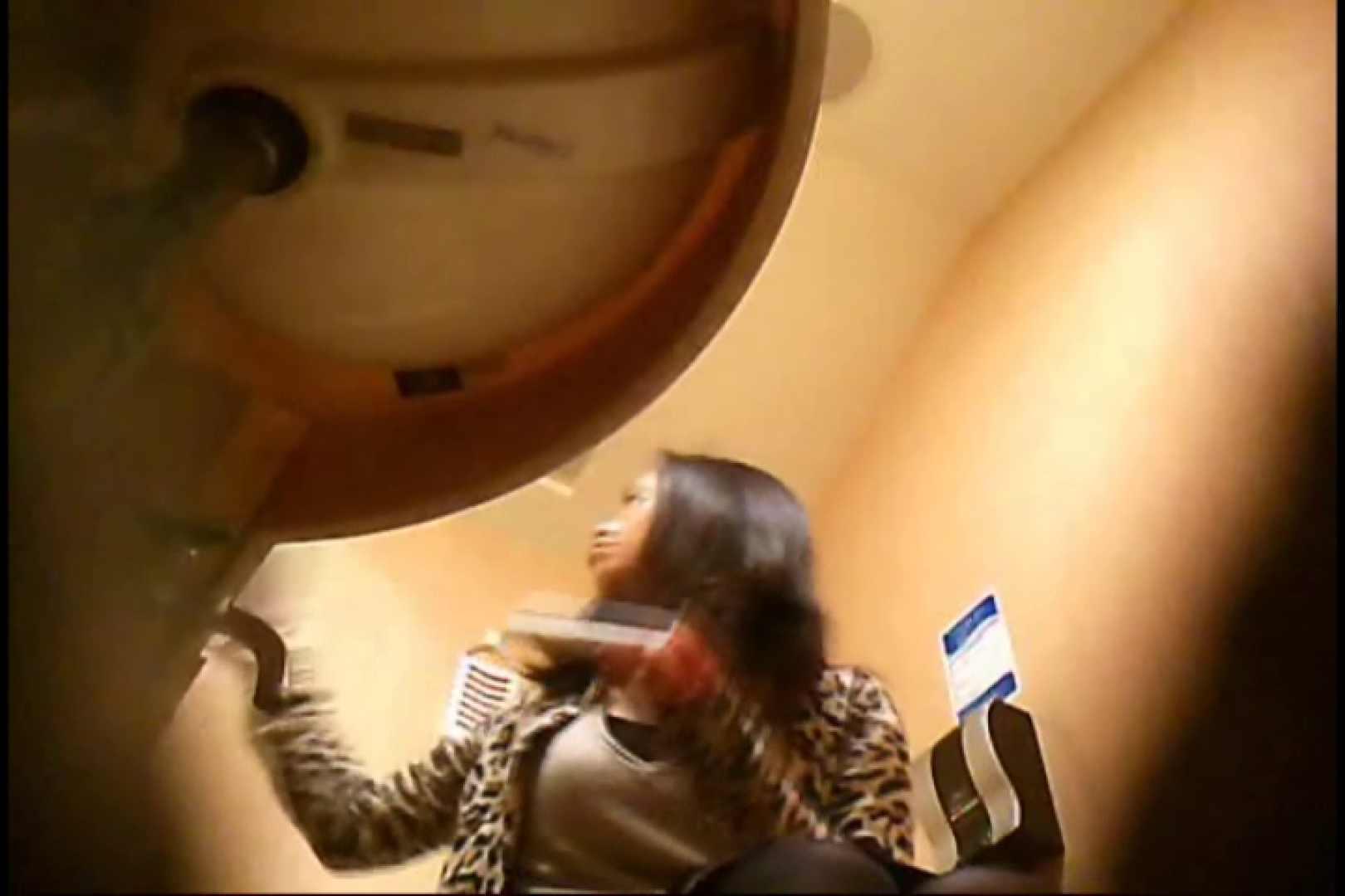潜入!!女子化粧室盗撮~絶対見られたくない時間~vo,15 ナプキン   潜入突撃  74pic 1