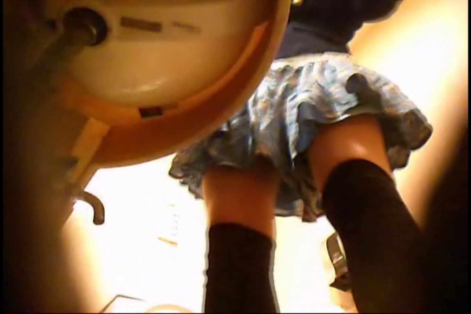潜入!!女子化粧室盗撮~絶対見られたくない時間~vo,19 盗撮師作品 | 丸見え  85pic 13