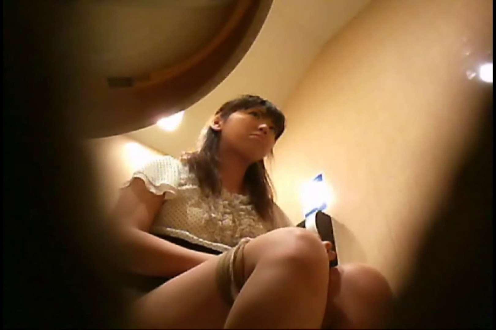 潜入!!女子化粧室盗撮~絶対見られたくない時間~vo,32 盗撮師作品 | お姉さん丸裸  107pic 1