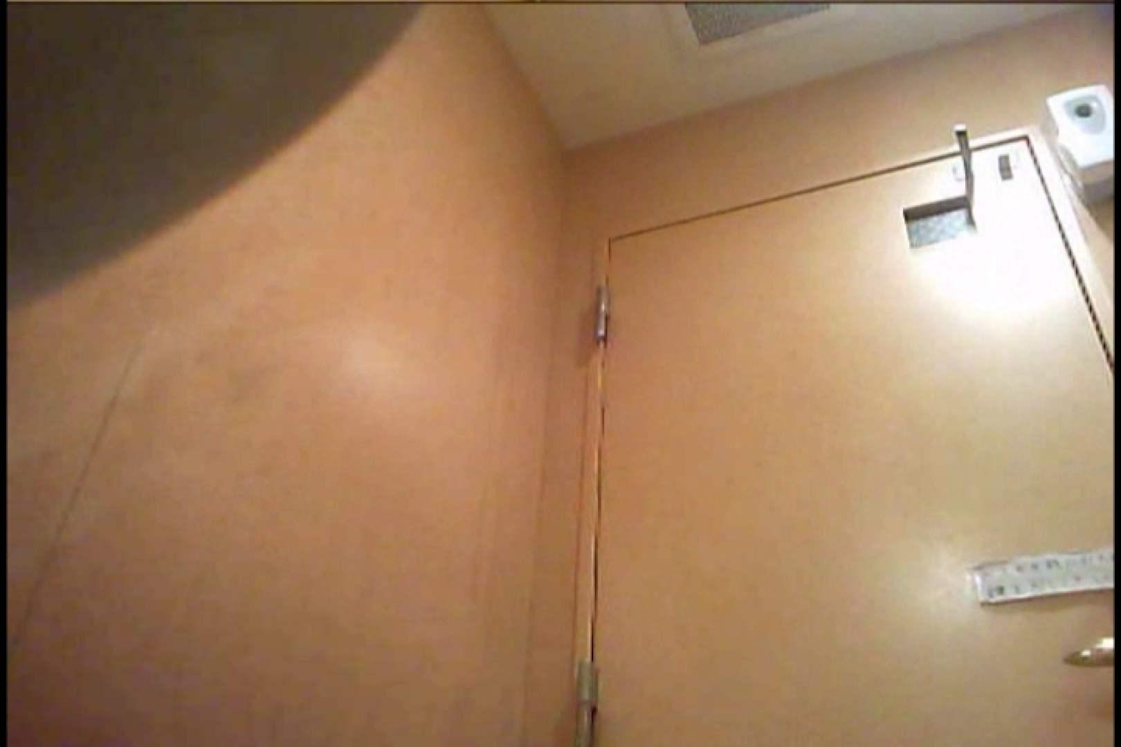 潜入!!女子化粧室盗撮~絶対見られたくない時間~vo,32 盗撮師作品 | お姉さん丸裸  107pic 10