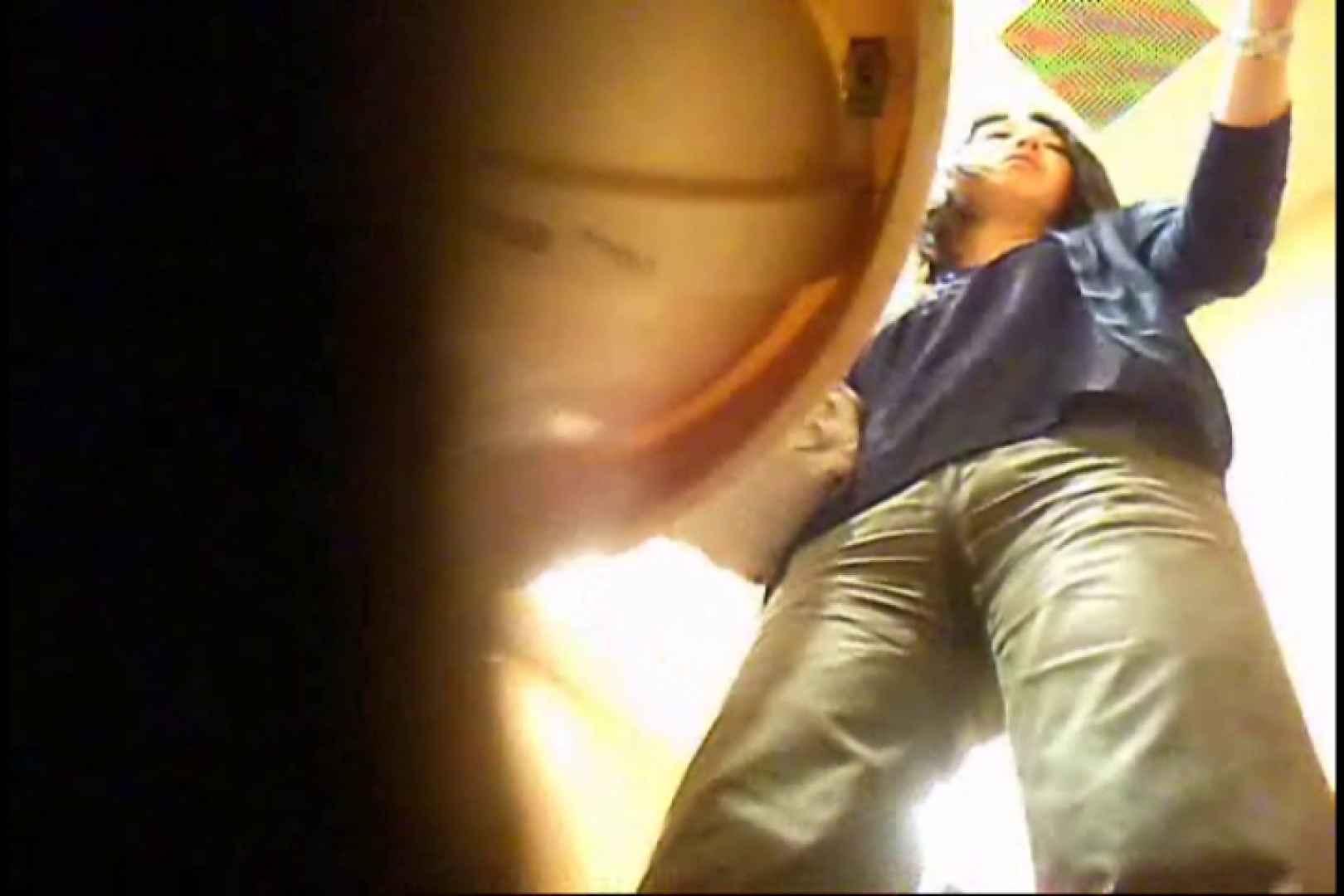 潜入!!女子化粧室盗撮~絶対見られたくない時間~vo,35 盗撮師作品 ワレメ無修正動画無料 81pic 35
