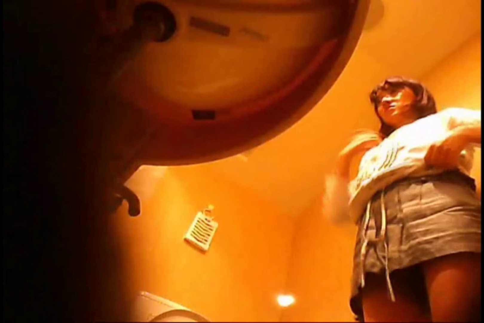 潜入!!女子化粧室盗撮~絶対見られたくない時間~vo,44 潜入突撃 われめAV動画紹介 71pic 38