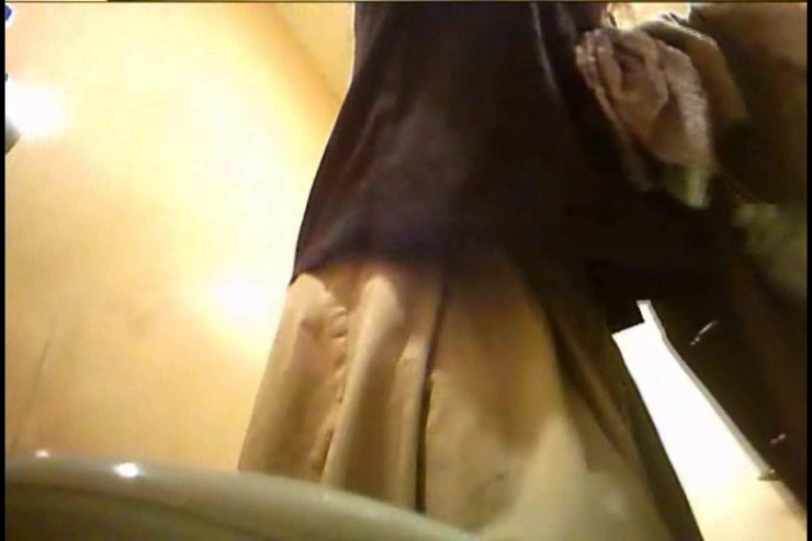 潜入!!女子化粧室盗撮~絶対見られたくない時間~vo,83 お尻 | 盗撮師作品  105pic 25