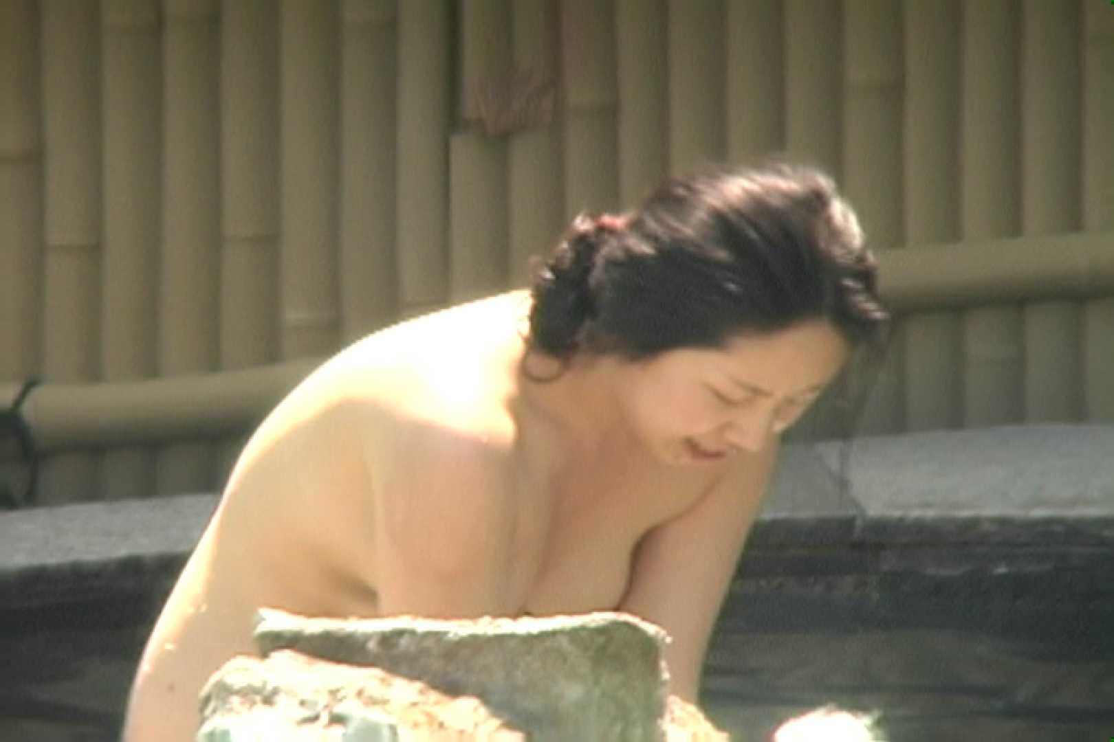 エッチ 熟女|高画質露天女風呂観察 vol.002|のぞき本舗 中村屋
