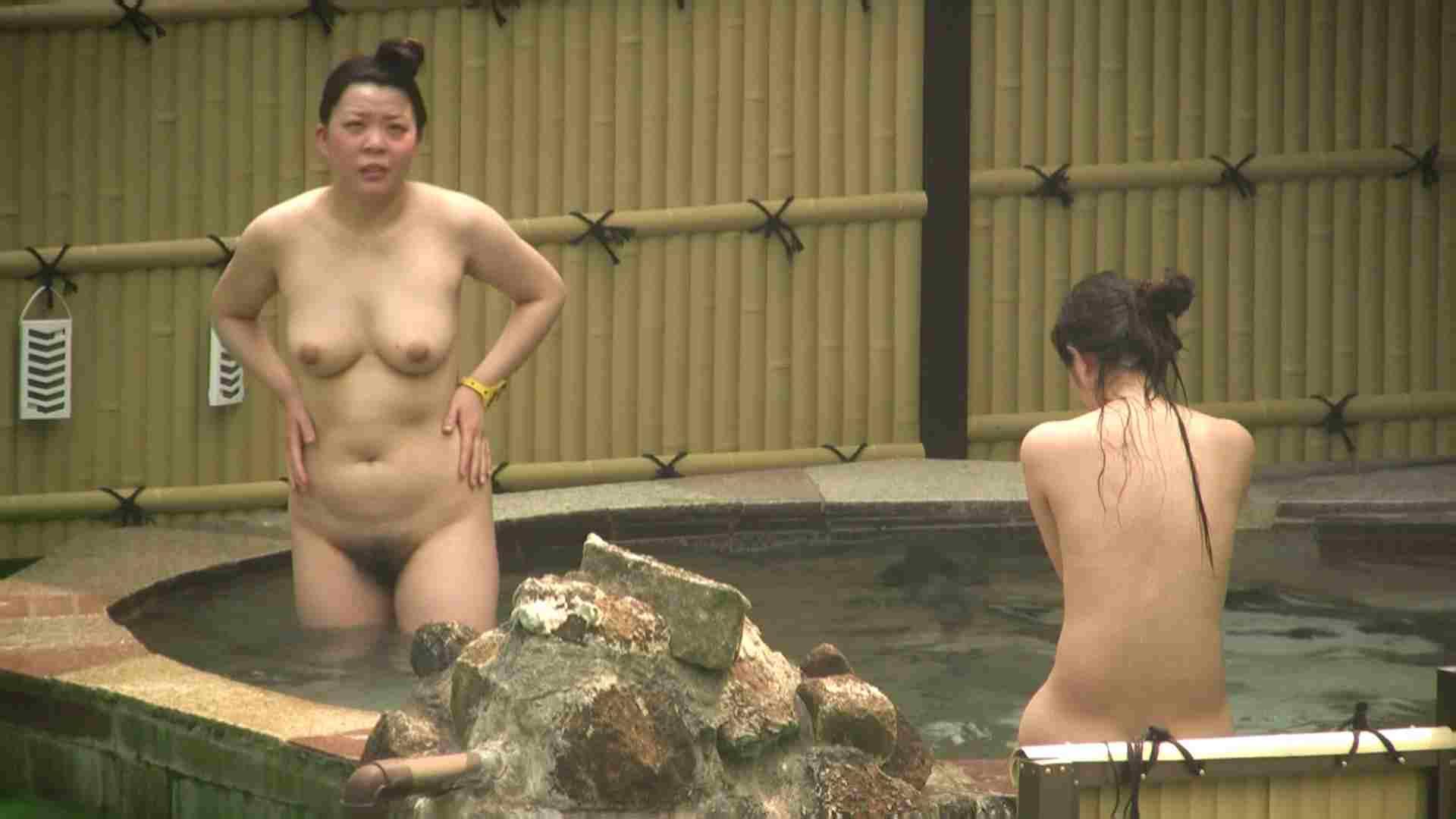 高画質露天女風呂観察 vol.022 入浴隠し撮り  95pic 70