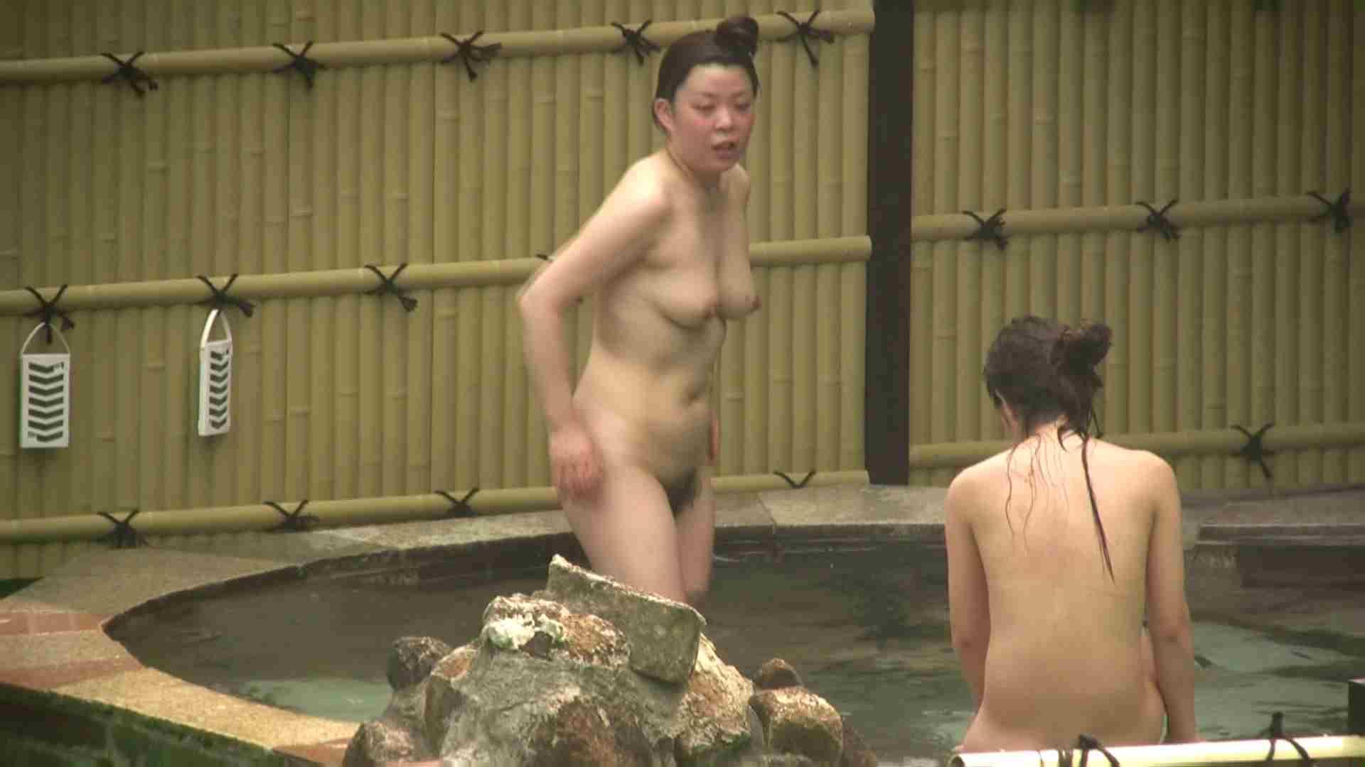 高画質露天女風呂観察 vol.022 入浴隠し撮り | 望遠  95pic 85