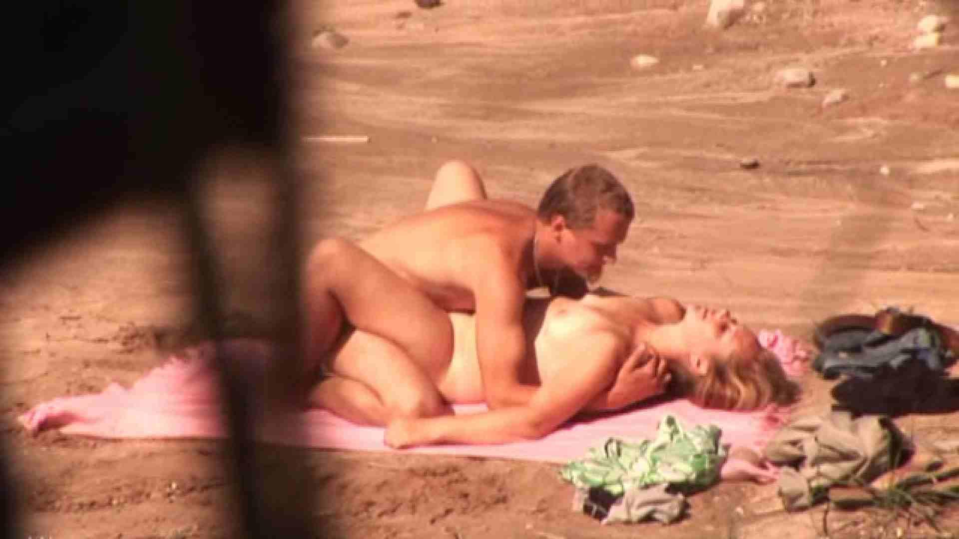 SEX ON THE BEACHvol.9 美しいOLの裸体 隠し撮りオマンコ動画紹介 78pic 18