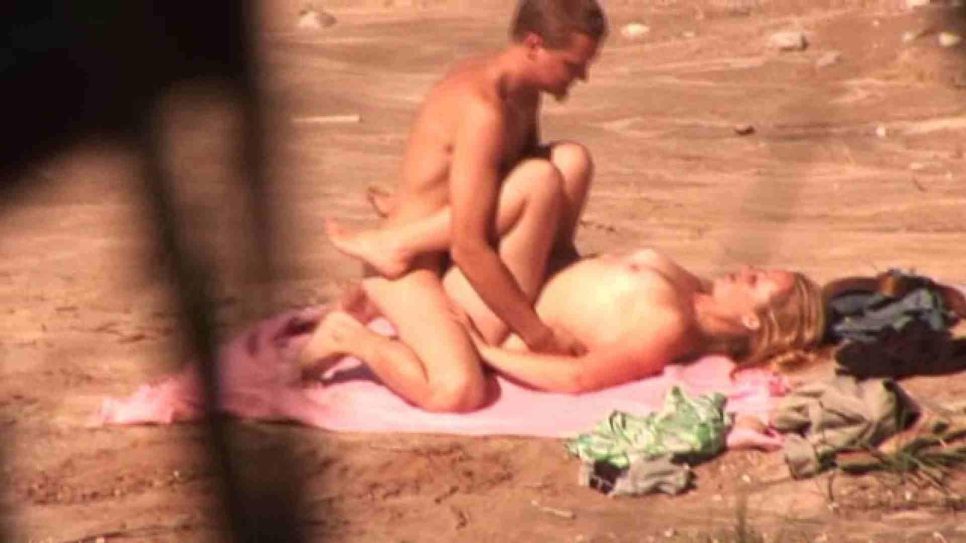 SEX ON THE BEACHvol.9 セックス のぞき動画画像 78pic 63