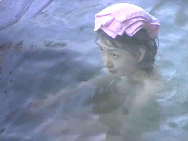 露天美女入浴① 美乳 のぞき動画画像 77pic 17