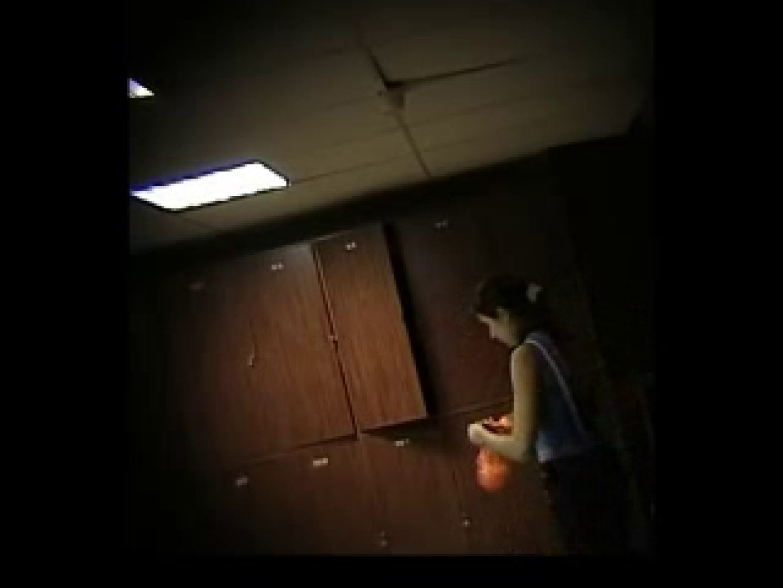 エッチ 熟女 ヨーロッパ発! ロッカールーム潜入撮vol.1 のぞき本舗 中村屋