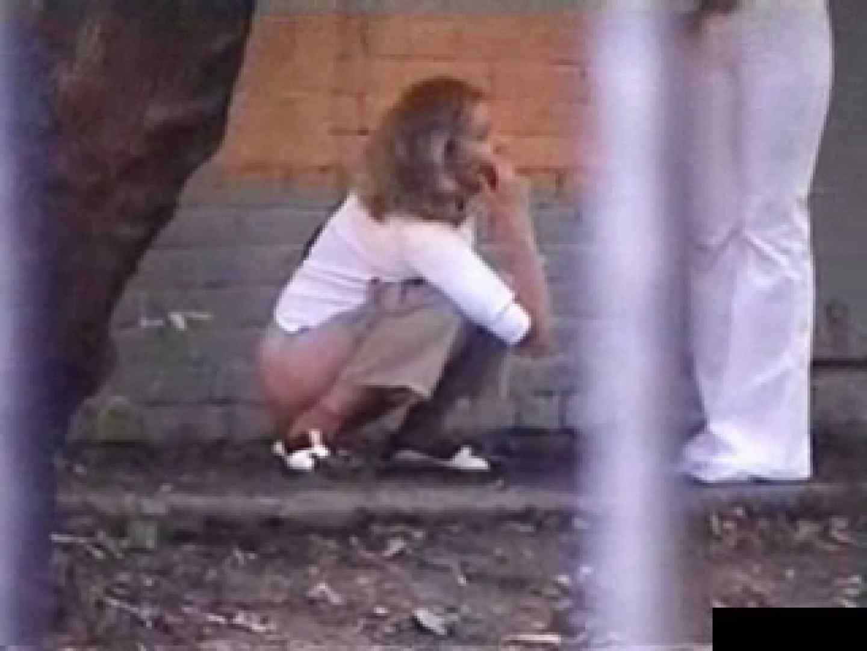 白人さんの野外排泄盗撮vol.1 フリーハンド おまんこ動画流出 104pic 80