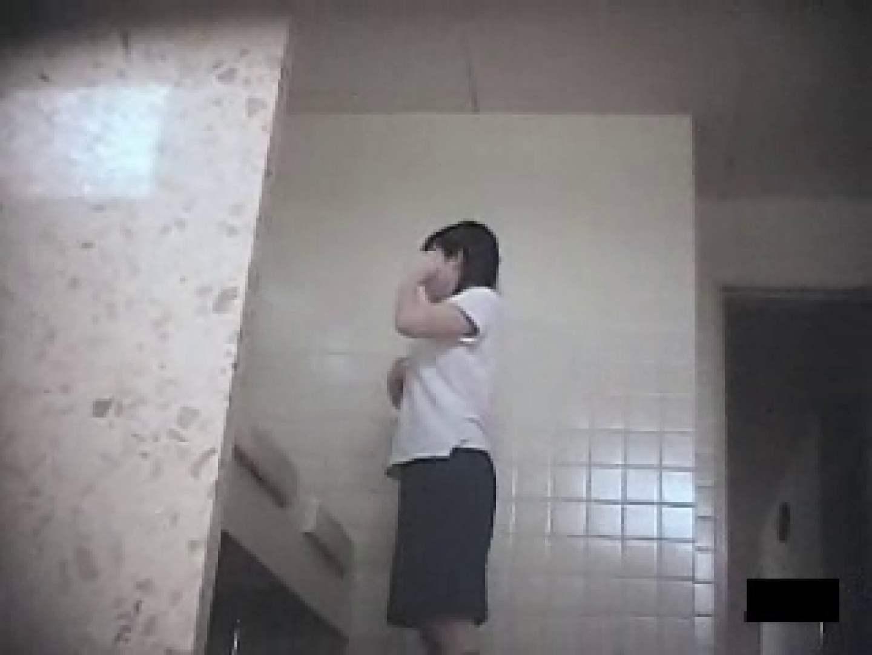 気合撮り!! 厠潜入撮 潜入突撃 戯れ無修正画像 85pic 32