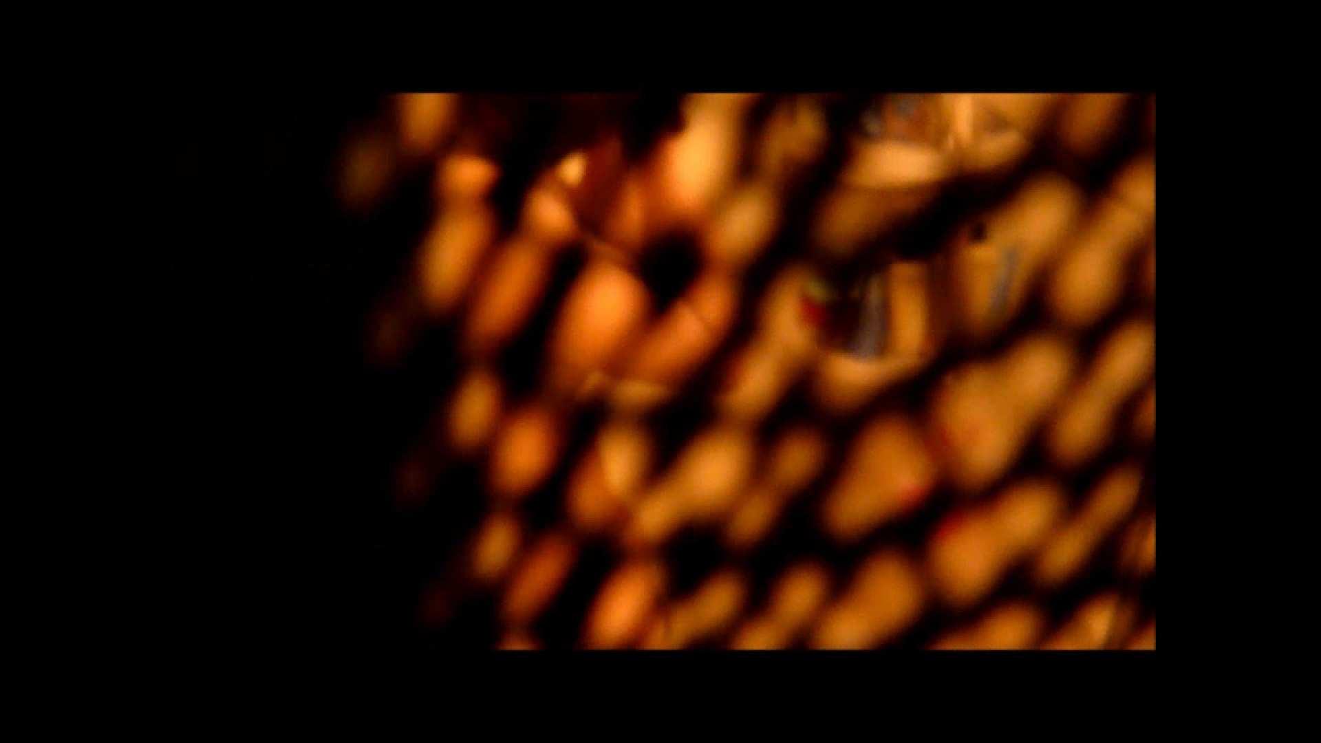【02】ベランダに侵入して張り込みを始めて・・・やっと結果が出ました。 マンコ・ムレムレ スケベ動画紹介 79pic 8