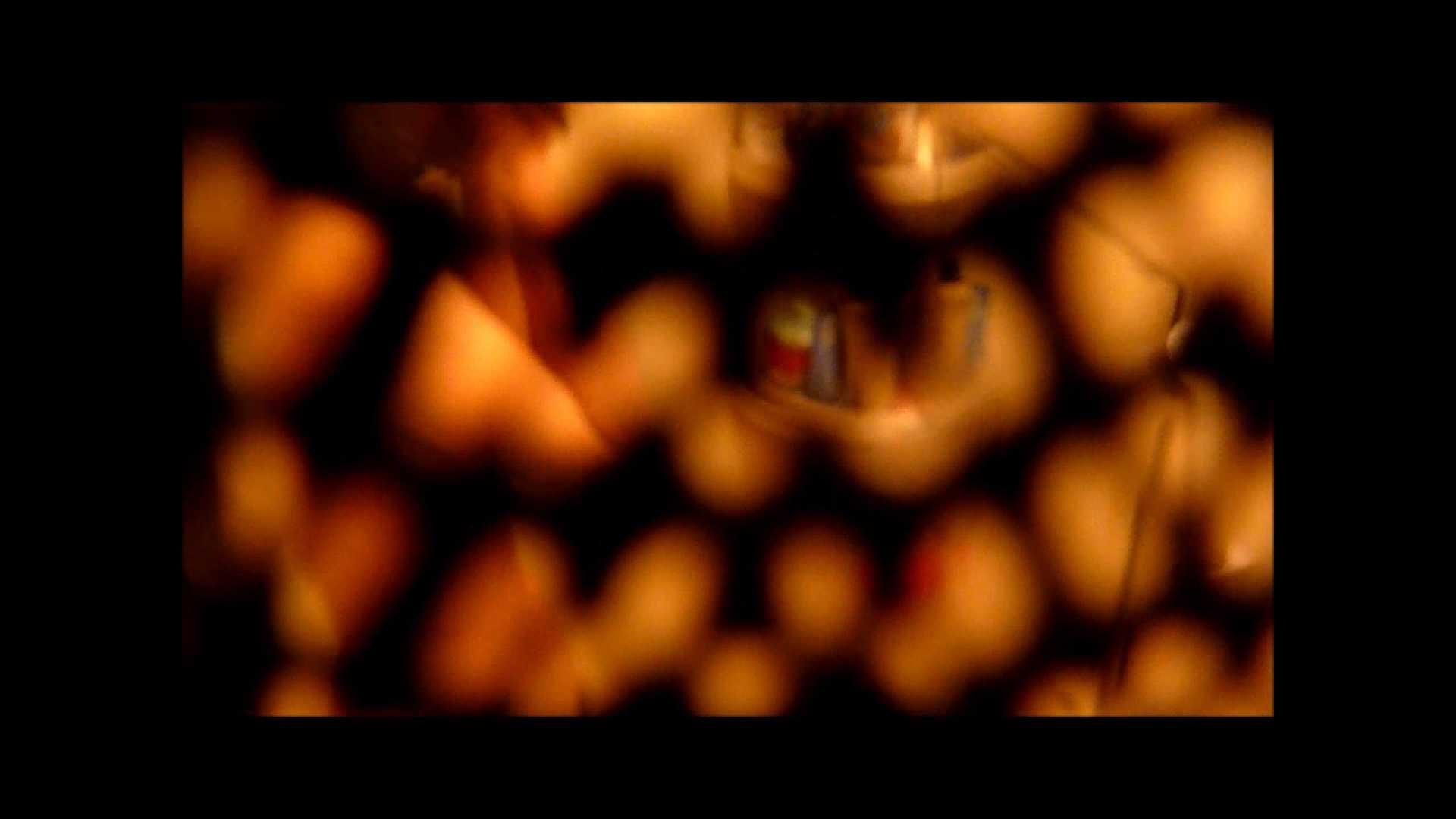 【02】ベランダに侵入して張り込みを始めて・・・やっと結果が出ました。 モロだしオマンコ  79pic 10