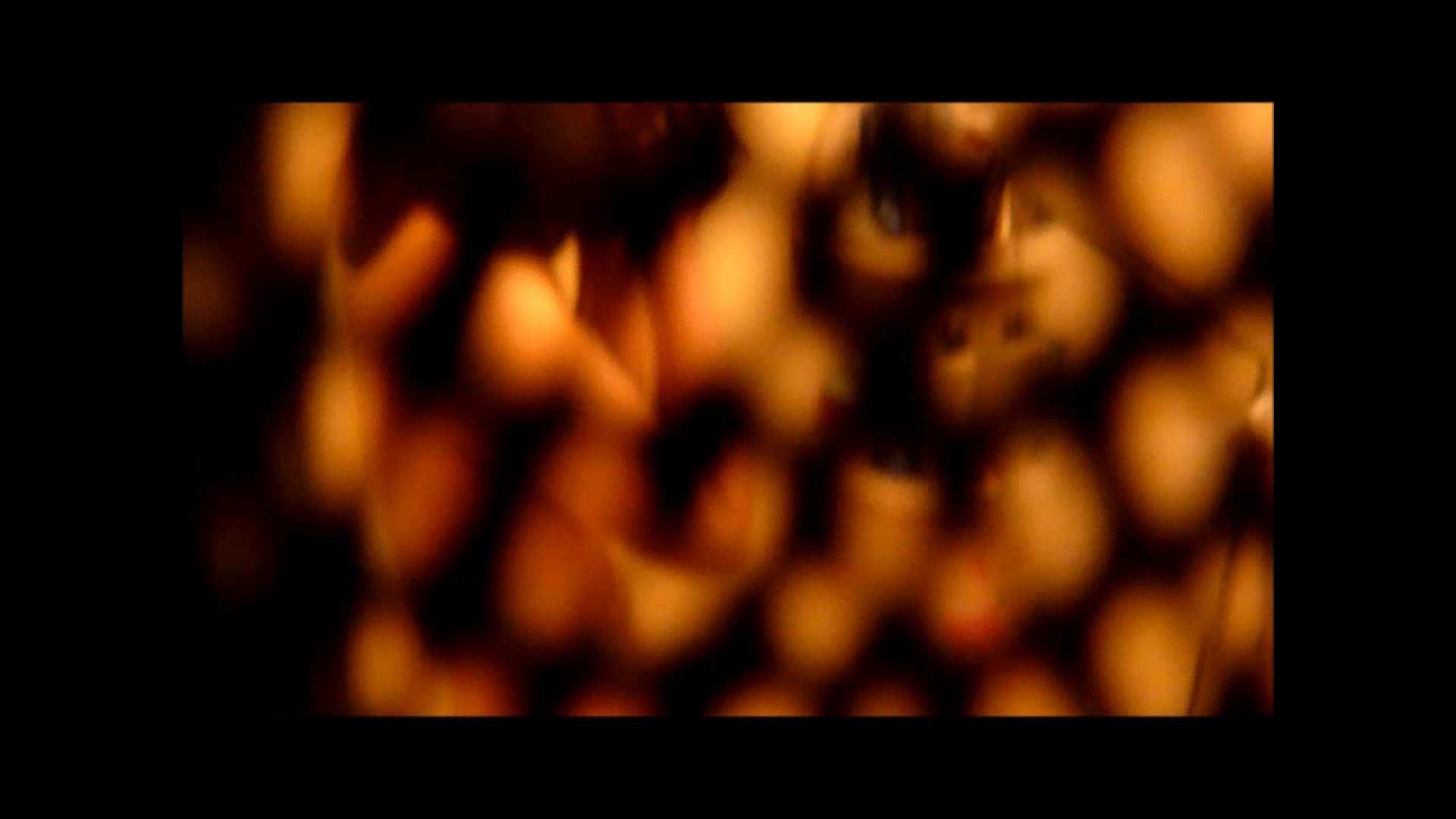 【02】ベランダに侵入して張り込みを始めて・・・やっと結果が出ました。 マンコ・ムレムレ スケベ動画紹介 79pic 13