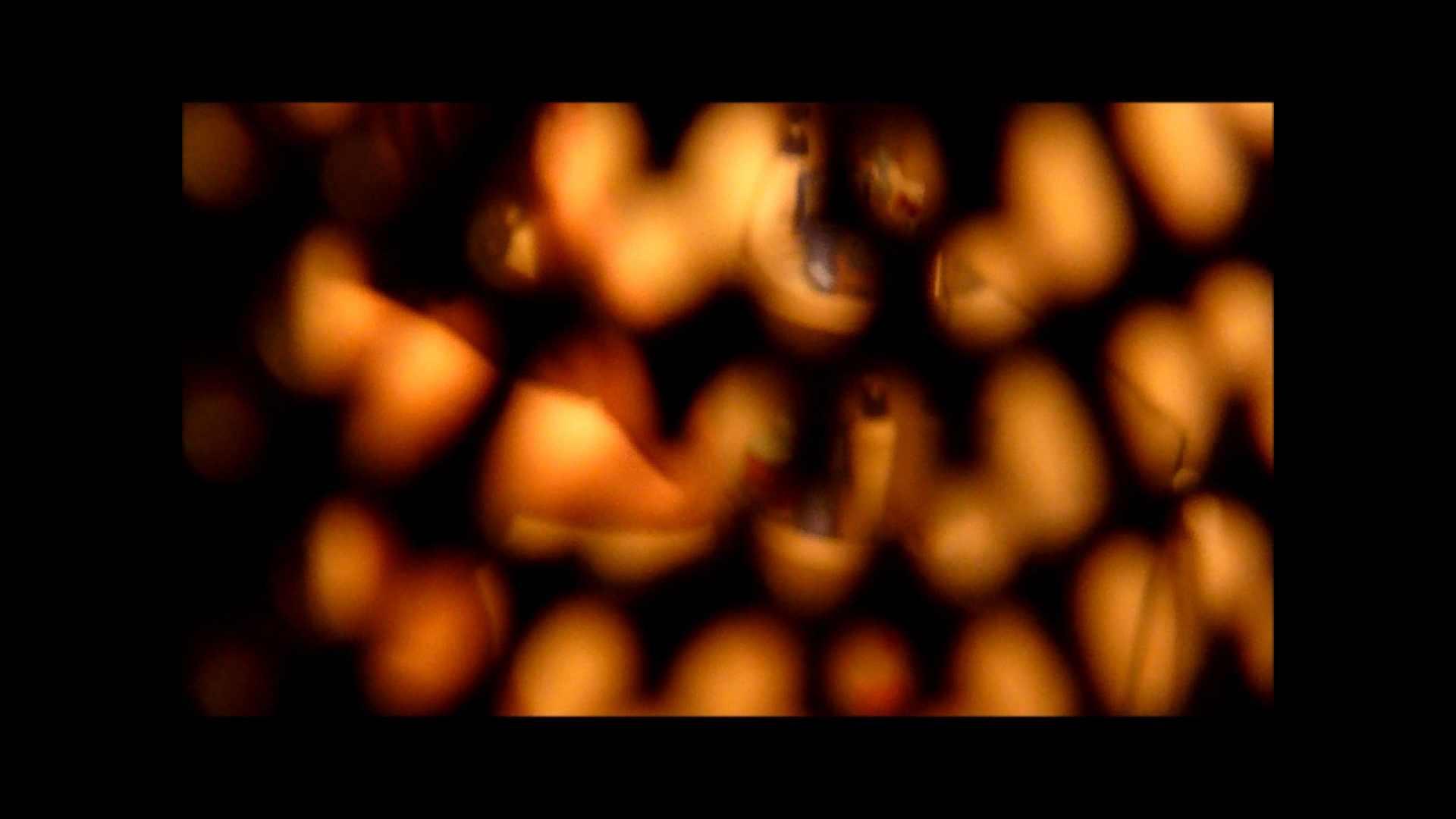 【02】ベランダに侵入して張り込みを始めて・・・やっと結果が出ました。 モロだしオマンコ  79pic 20