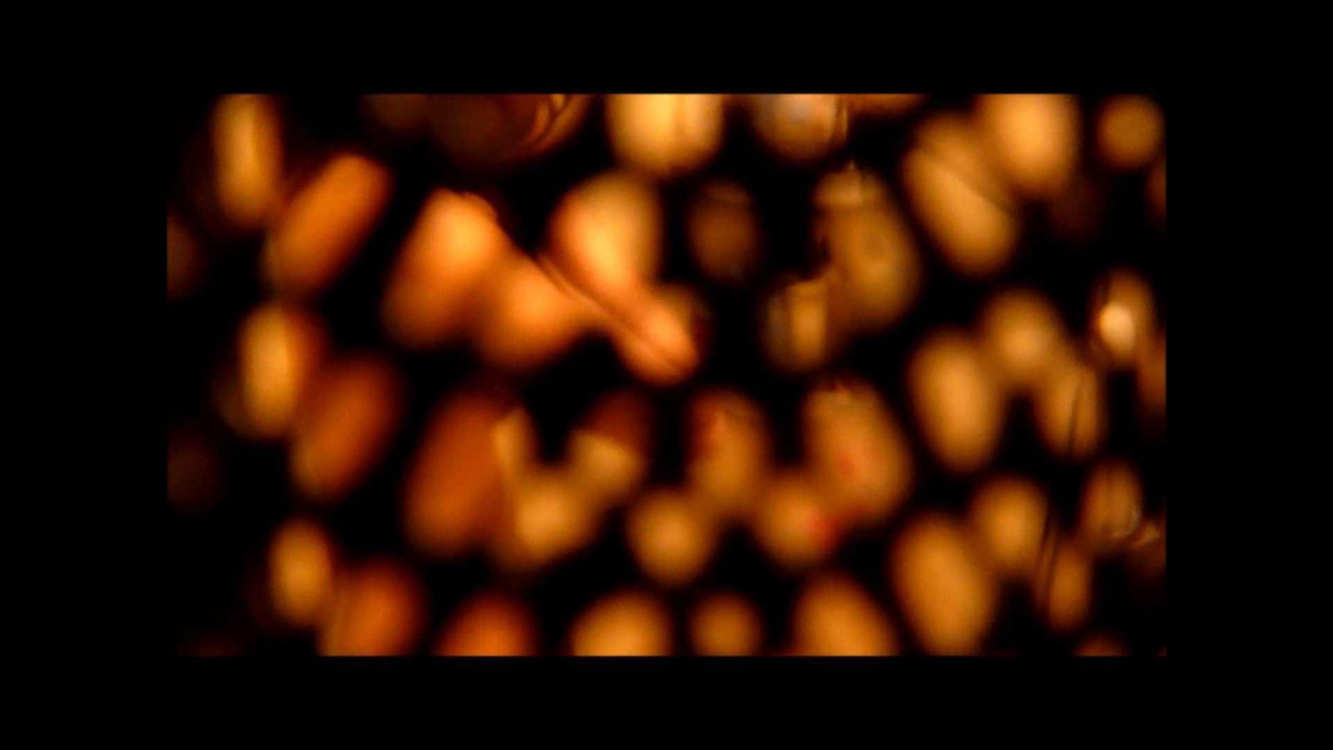 【02】ベランダに侵入して張り込みを始めて・・・やっと結果が出ました。 マンコ・ムレムレ スケベ動画紹介 79pic 23