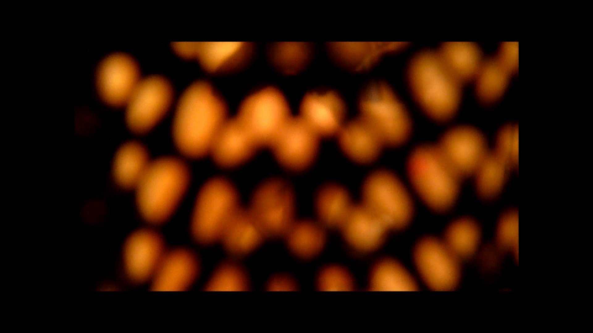 【02】ベランダに侵入して張り込みを始めて・・・やっと結果が出ました。 モロだしオマンコ  79pic 35