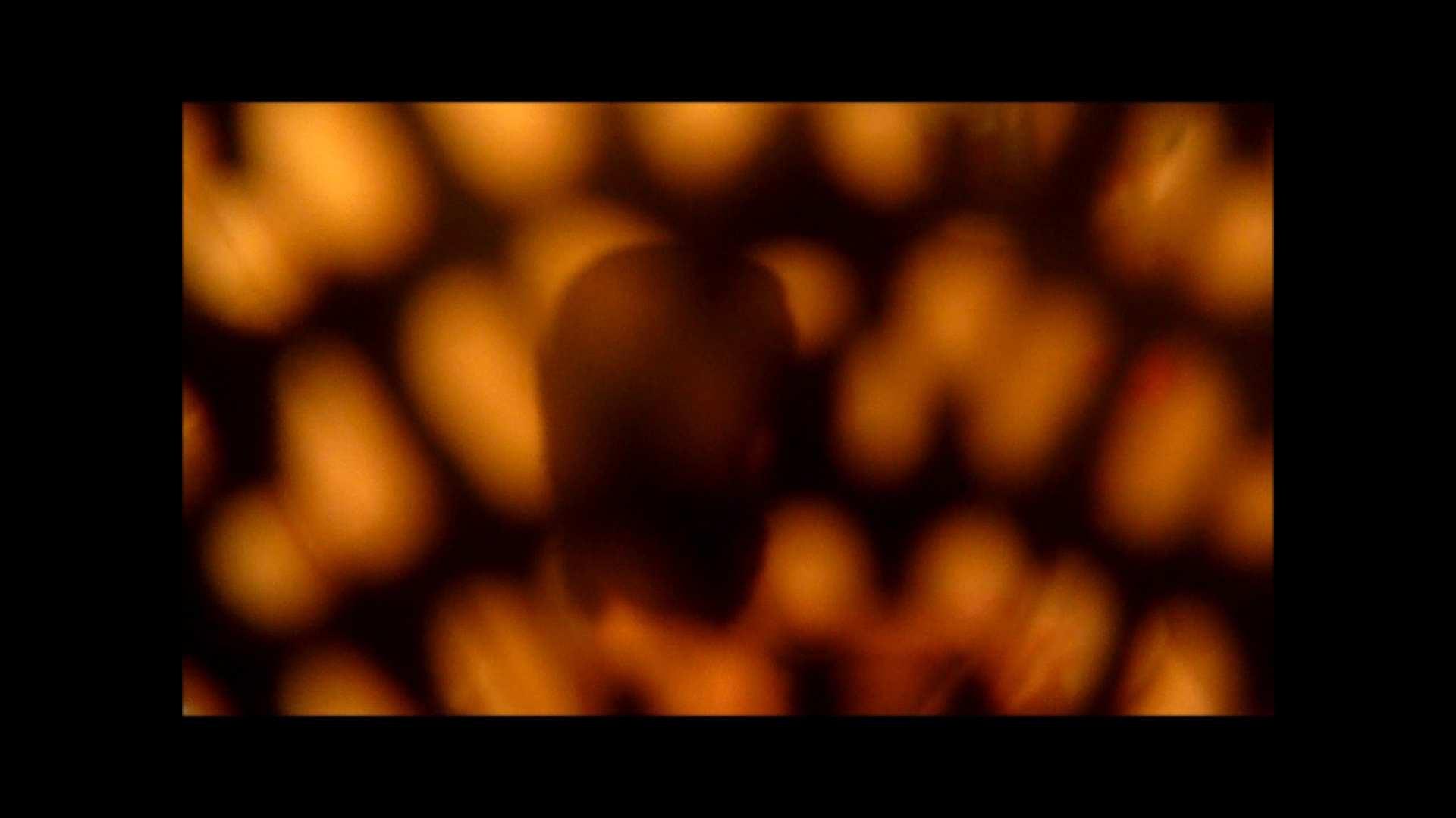 【02】ベランダに侵入して張り込みを始めて・・・やっと結果が出ました。 モロだしオマンコ  79pic 50