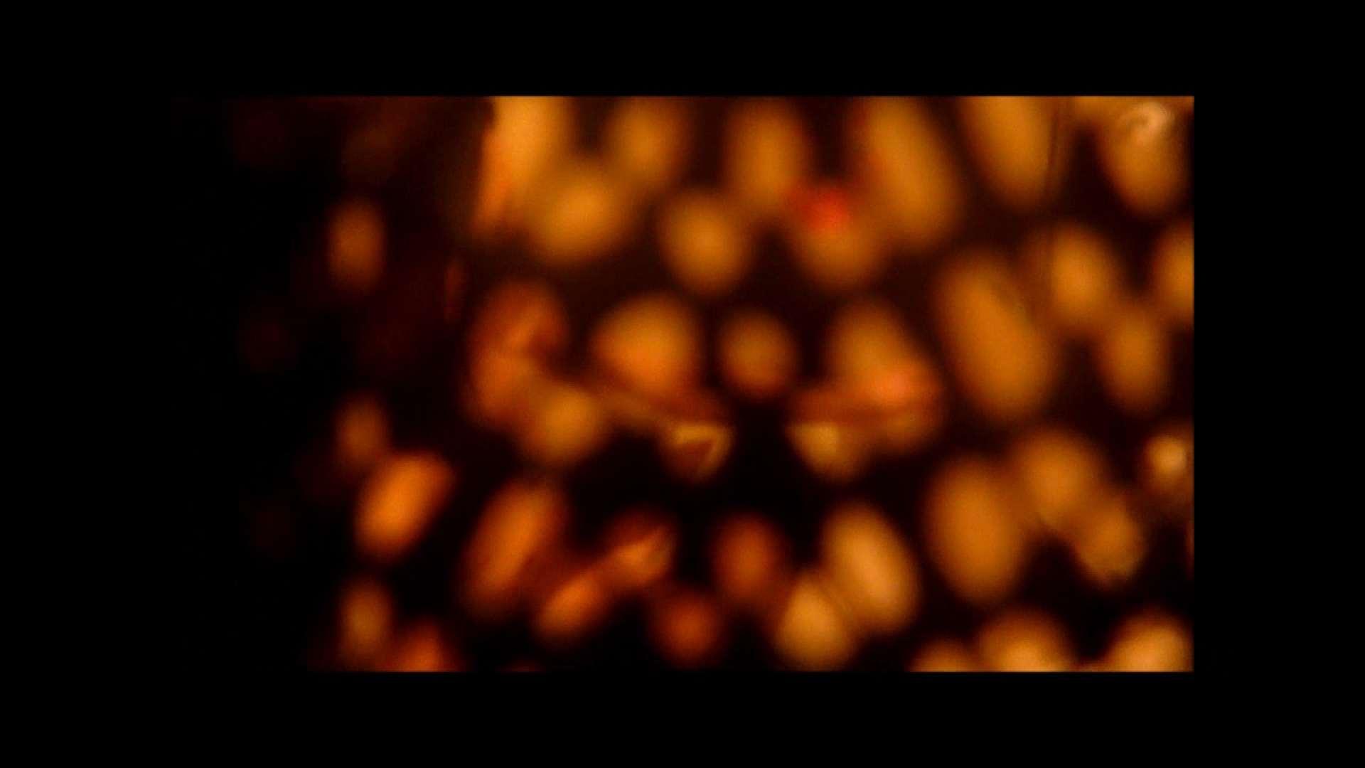 【02】ベランダに侵入して張り込みを始めて・・・やっと結果が出ました。 モロだしオマンコ  79pic 60