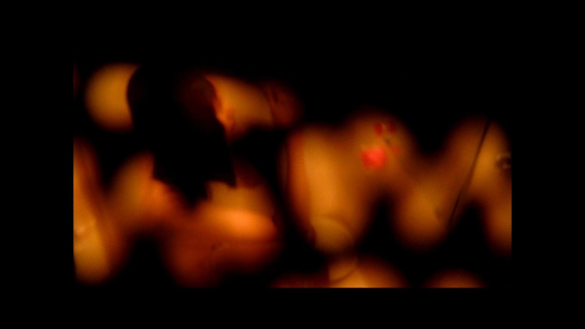 【02】ベランダに侵入して張り込みを始めて・・・やっと結果が出ました。 マンコ・ムレムレ スケベ動画紹介 79pic 78