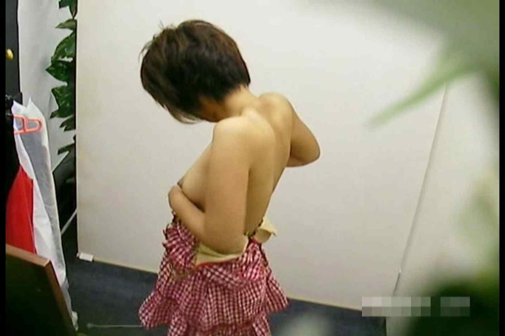 素人撮影 下着だけの撮影のはずが・・・エミちゃん18歳 盗撮師作品 オメコ無修正動画無料 90pic 38