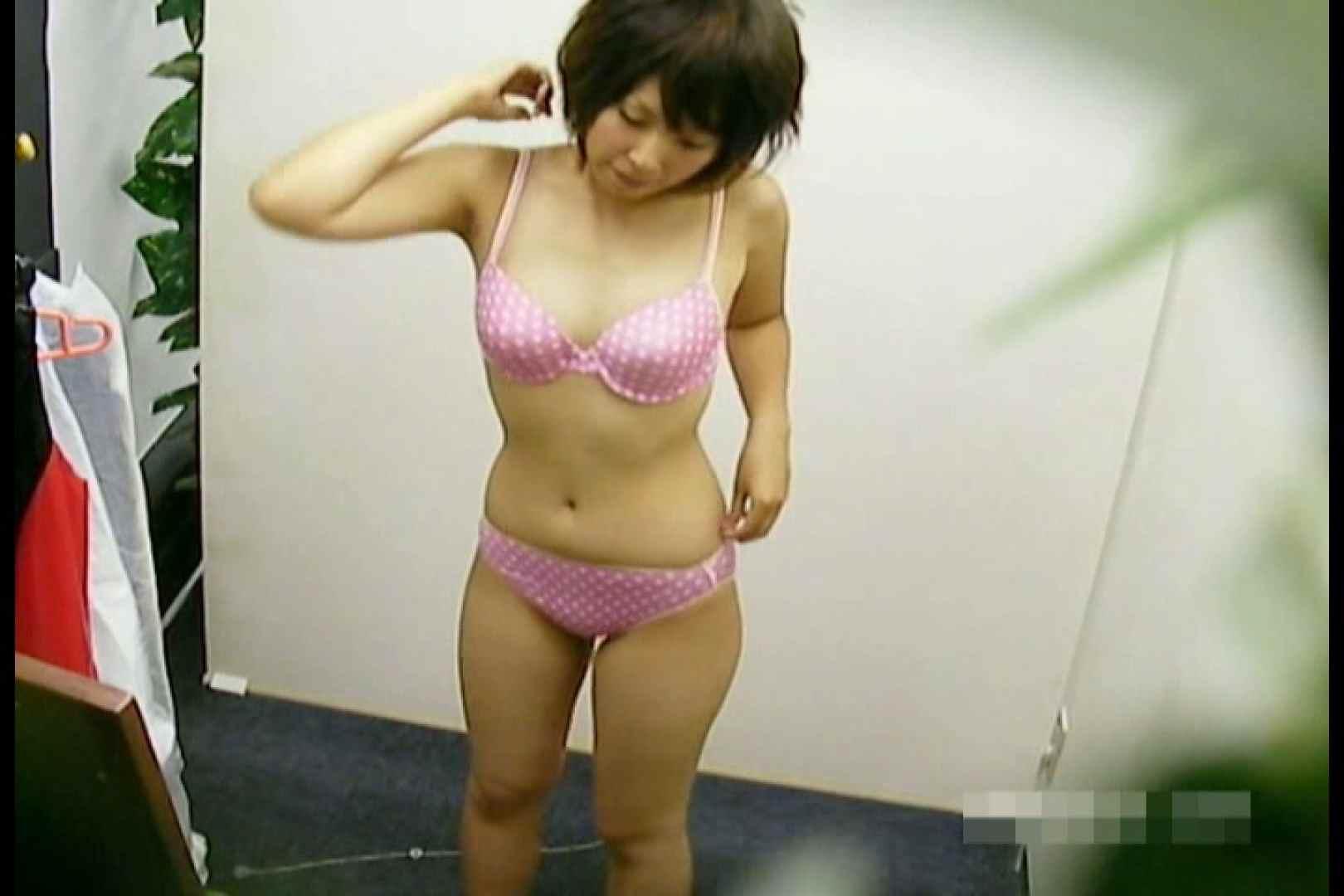 素人撮影 下着だけの撮影のはずが・・・エミちゃん18歳 マンコ・ムレムレ   素人丸裸  90pic 64