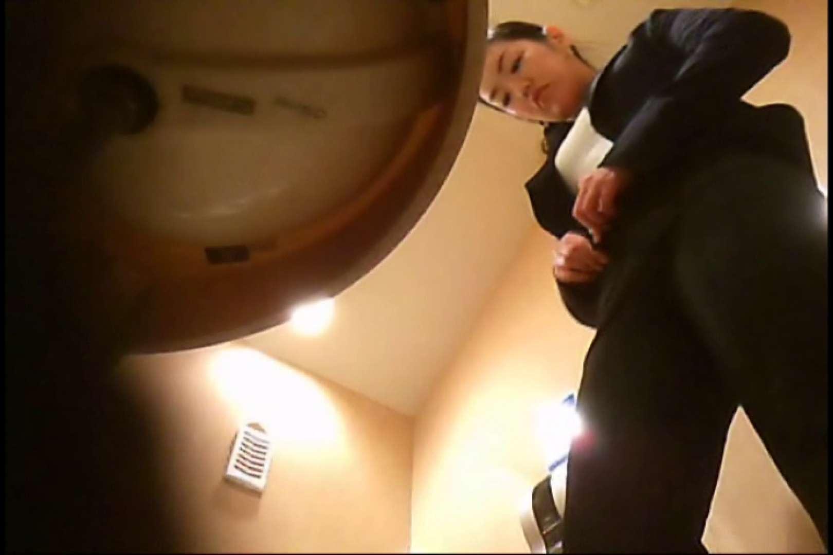 潜入!!女子化粧室盗撮~絶対見られたくない時間~vo,3 潜入突撃 おめこ無修正画像 75pic 37